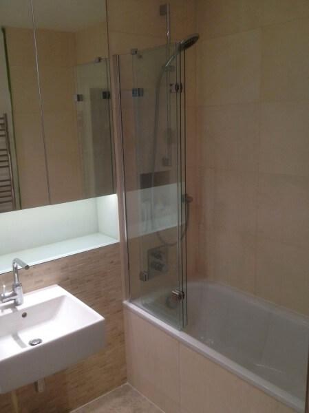 bathroom tiling and installation image for homefix handyman website
