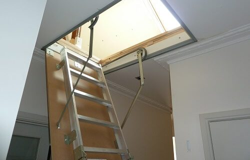 Loft-Access-ladder